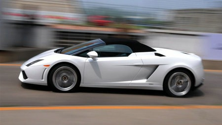 Gallardo_LP560-4_Spyder_2